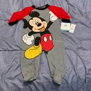 Disney Baby Mickey Mouse Boys Size 3-6 months NWT